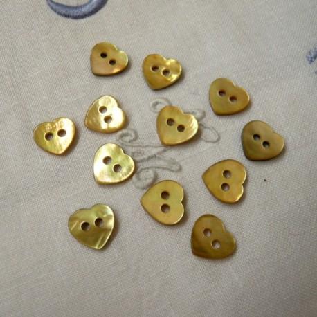 Botón corazón nácar amarillo/oro 6/u