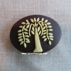 Needle Minder Willow Tree